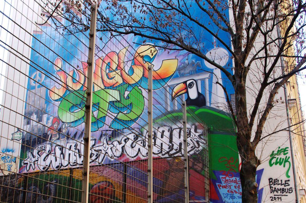 lumorgenstern_streetart_xberg20