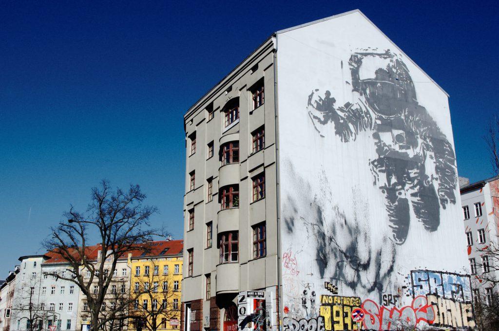 lumorgenstern_streetart_xberg25