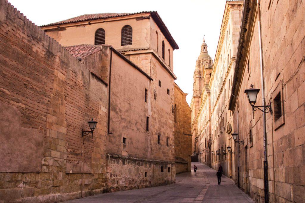 Roadtrip durch Spanien - in den Straßen von Salamanca